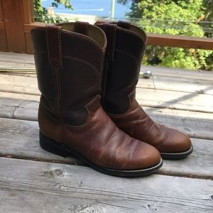 Justin size 6, Cowboy boots